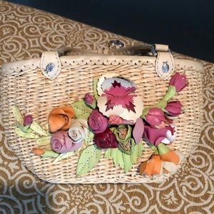 Brighton straw bag with leather flowers